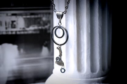 grunge styled necklace Lunar