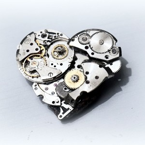 steampunk metal broken heart pin brooch