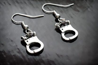 БДСМ серьги наручники
