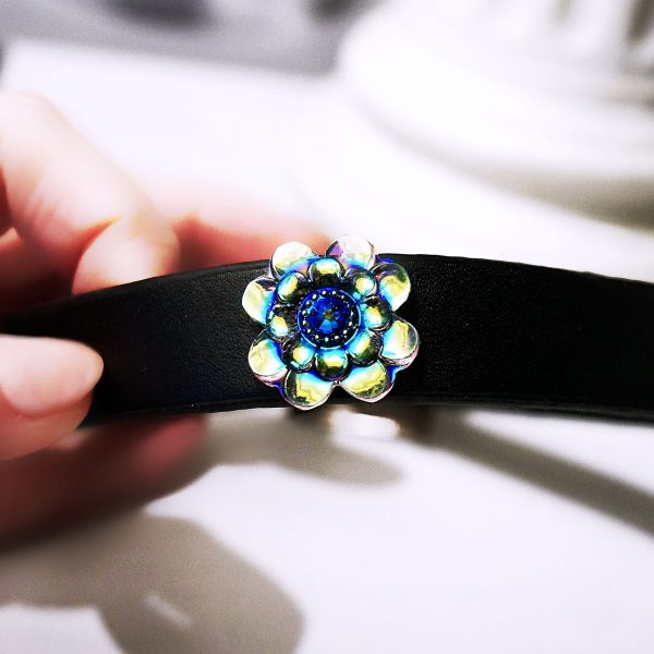 BDSM leather submissive day Collar psychedelic flower