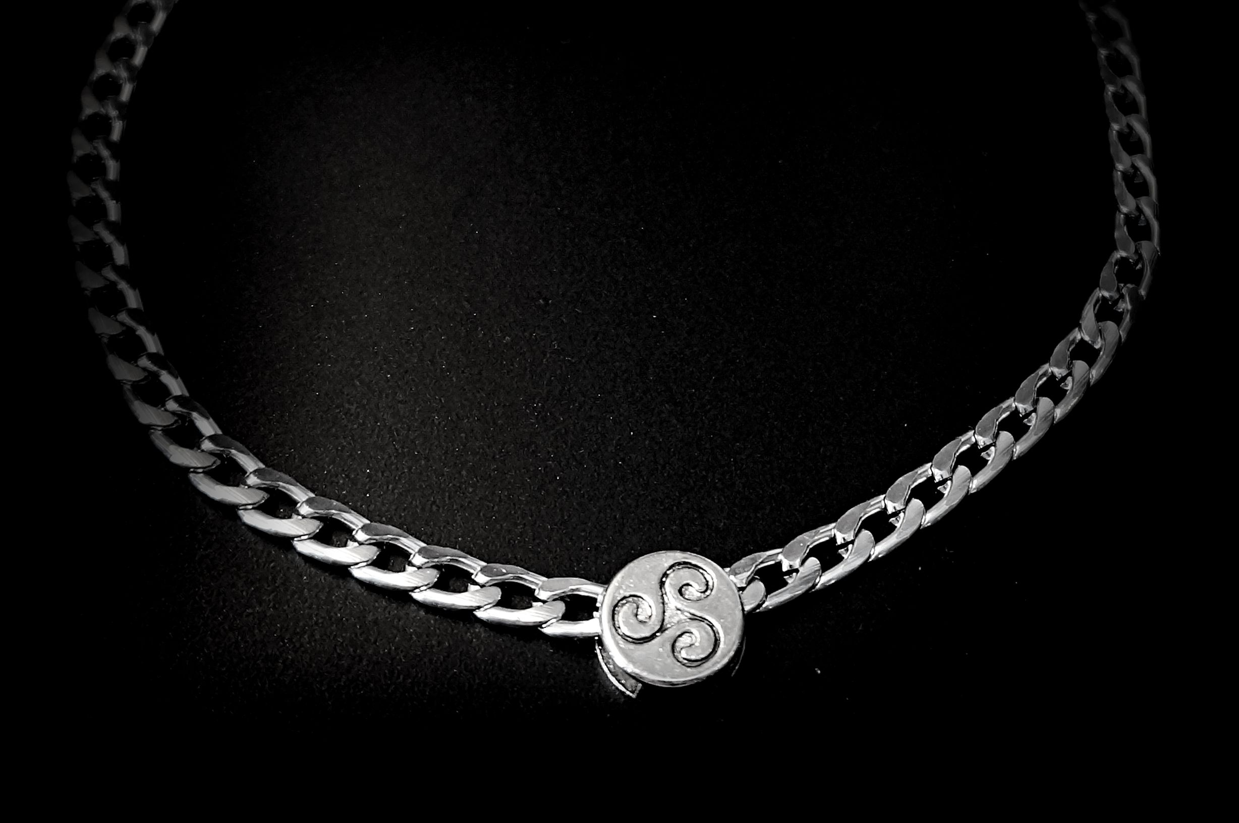 BDSM symbol triskele jewelry submissive collar