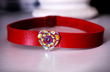 BDSM submissive collar psychedelic heart slave