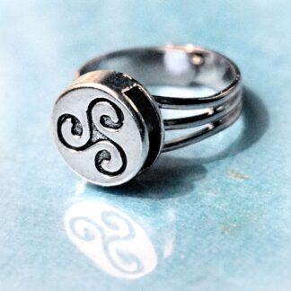 Стимпанк БДСМ украшения трискель символ трискелион эмблема кольцо
