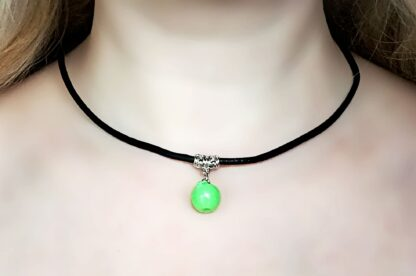BDSM submissive collar leather choker apple necklace
