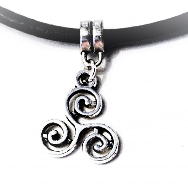 Submissive collar triskele bdsm emblem
