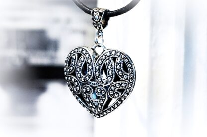 Submissive day collar heart necklace woman anniversary gift