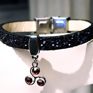 Submissive dominant jewelry bracelet triskele