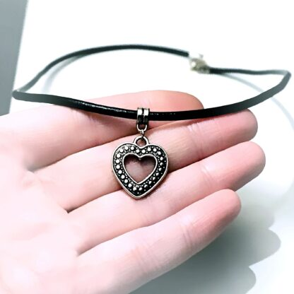 Submissive collar BDSM jewelry heart