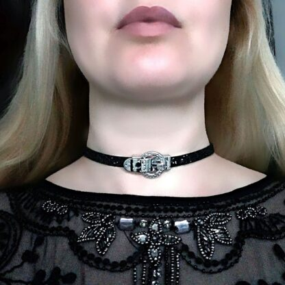 Submissive collar lock slave choker