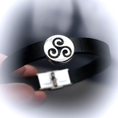 BDSM symbol triskele submissive dominant bracelet