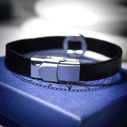 Dominant man leather bracelet shibari rope