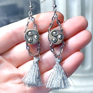 BDSM symbol triskele emblem earrings Marrakesh
