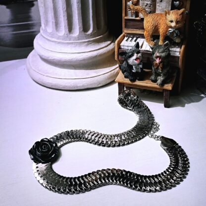 Сабмиссив БДСМ ошейник подвеска чёрная роза