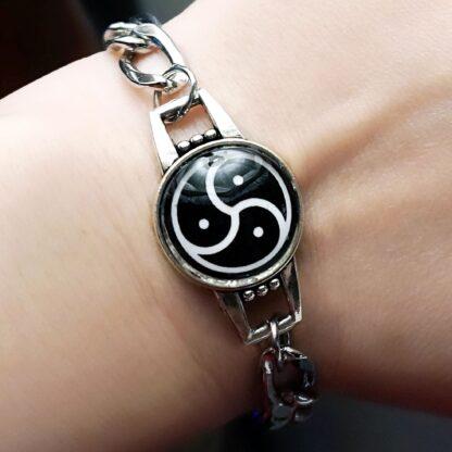 BDSM symbol triskele triskelion metal chain bracelet submissive