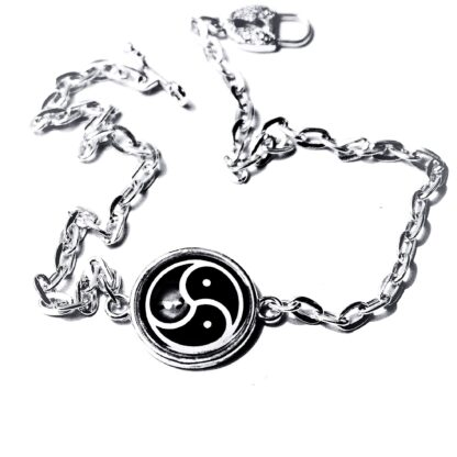 BDSM symbol triskele triskelion collar metal necklace