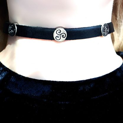Steampunk BDSM jewelry triskele symbol submissive day collar