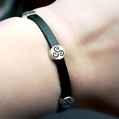 Steampunk BDSM jewelry leather bracelet symbol triskele charm triskelion