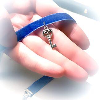 Стимпанк БДСМ украшения ключик ключ подвеска символ трискель эмблема