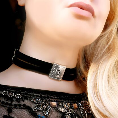 Submissive day collar choker Steampunk BDSM lock pendant