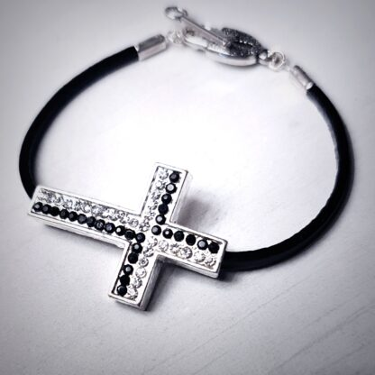 Steampunk BDSM jewelry leather bracelet cross lock cuff