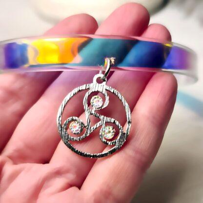 Стимпанк БДСМ символ трискель сабмиссив ошейник чокер трискелион эмблема