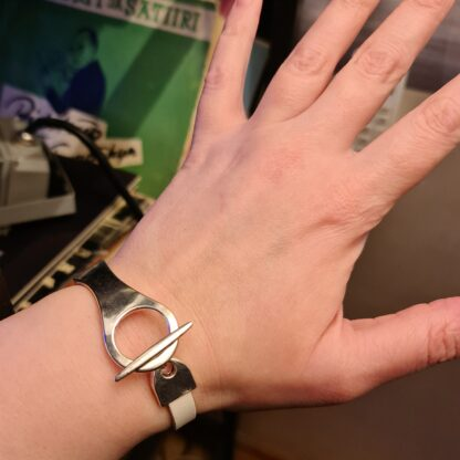 Steampunk BDSM jewelry lock bracelet leather cuff