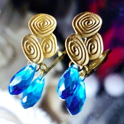 Steampunk BDSM jewelry symbol triskele emblem earrings