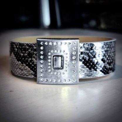 Steampunk BDSM jewelry vegan leather bracelet magnetic lock cuff