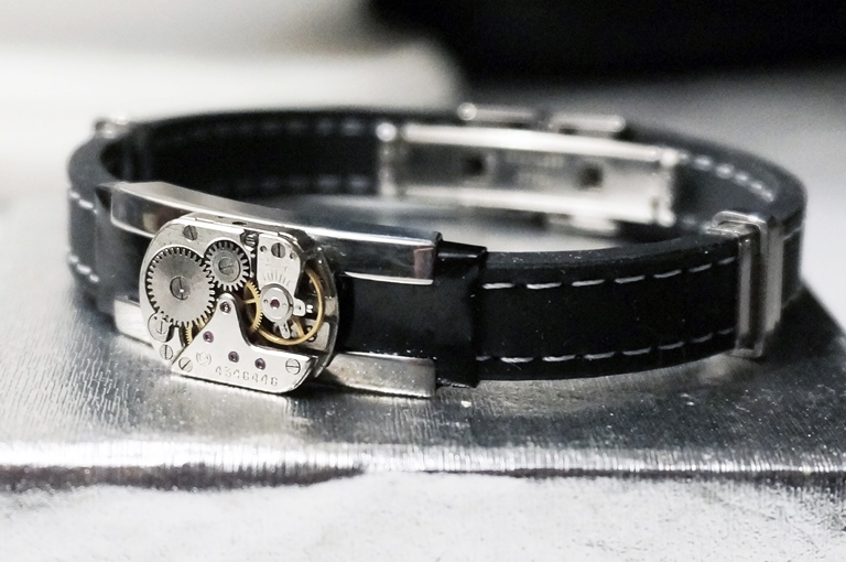 Steampunk bdsm mens bracelet